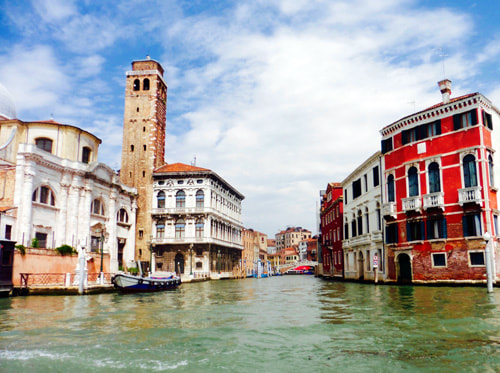 Miss Windsor: Mrs Simkins photo of Venice!