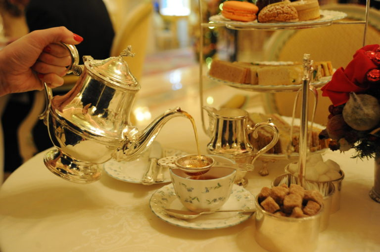Miss Windsor's Delectables - Christmas Afternoon Tea at The Ritz, London. The Ritz Christmas Spice Tea - poured from a real silver teapot!