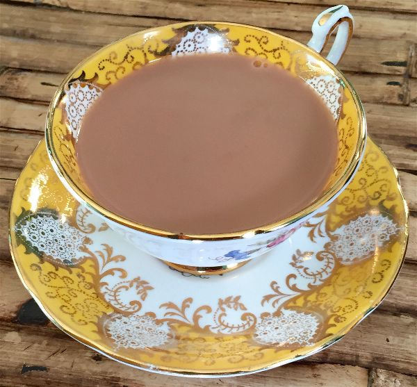 Miss Windsor's Delectables - a cup of Miles West-Country Original Blend Loose Leaf Tea! Served in a vintage, English bone china cup n' saucer - by 'Paragon'!